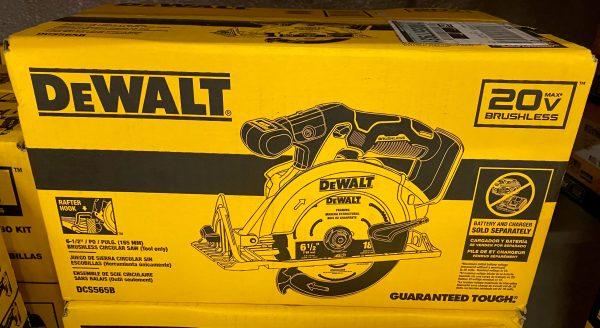 Dewalt DCS565B Brushless Circular Saw in Box