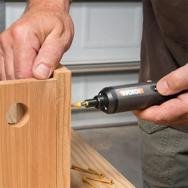Worx 4V Cordless Screwdriver Driving Wood Screws