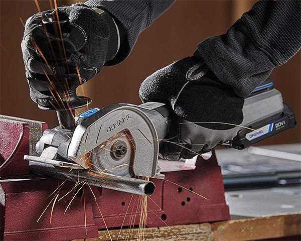 Dremel 20V Max Cordless Ultra-Saw Cutting Metal