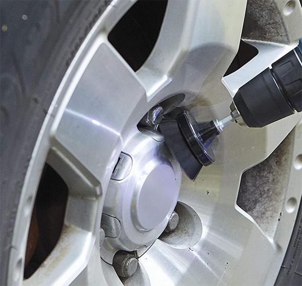 Dremel PC375-U Drill Cleaning Brush Kit Used on Car Wheel