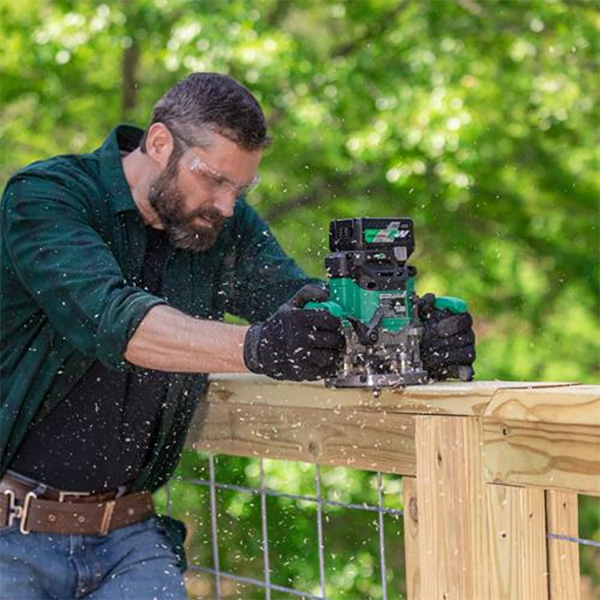 Metabo HPT M3612DA Cordless Router in Use