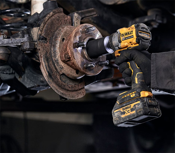 Dewalt DCF923B Atomic Impact Wrench Used for Automotive Fastening Task