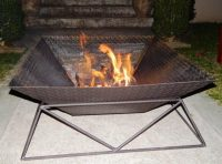 How to build your own fire pit for your backyard