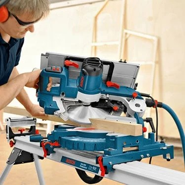 bosch miter saw performing crosscut