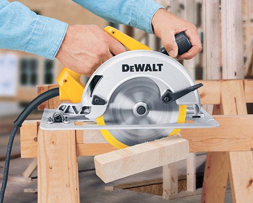 dewalt dw364k wood cutting