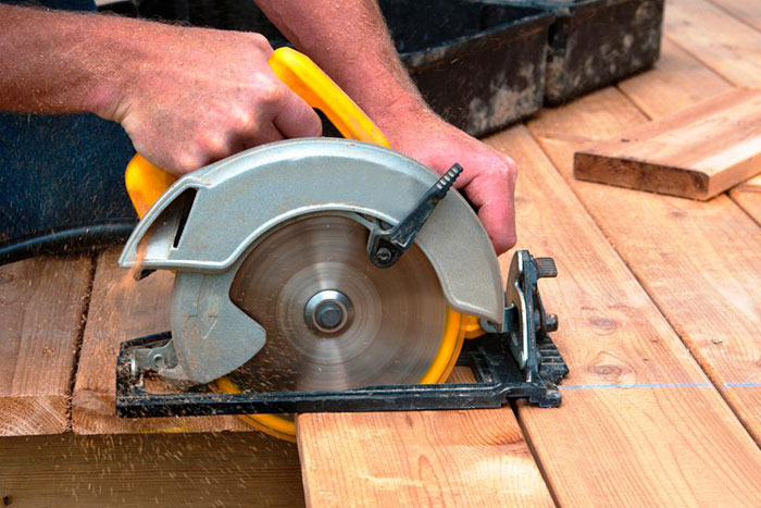 Image of a circular saw