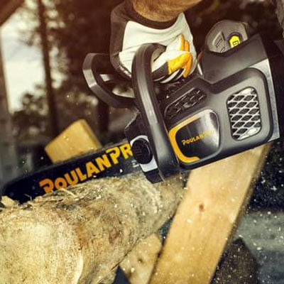 Cutting tree with Poulan Pro