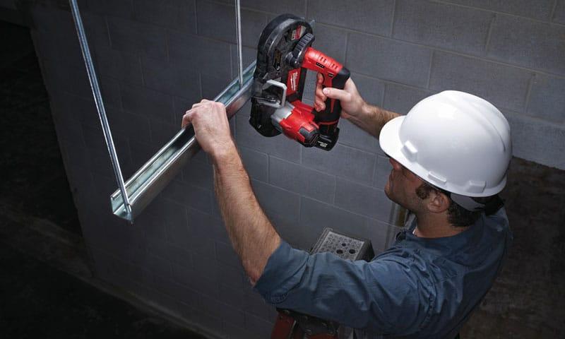 cutting metal with Milwaukee 2429-21XC