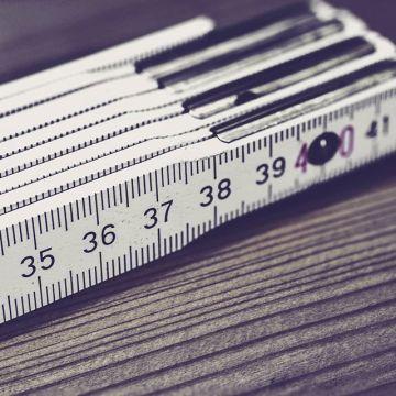 Todo en su justa medida! Visita nuestra sección de especifica de medición #tools4us #herramientastaller #craftwork #artsandcrafts #herreria #carpinteria #madera #hierro #pintura #arquitectura #laser #calibre #especial