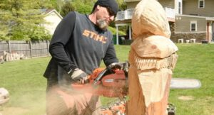 Chainsaw Wood Carvings