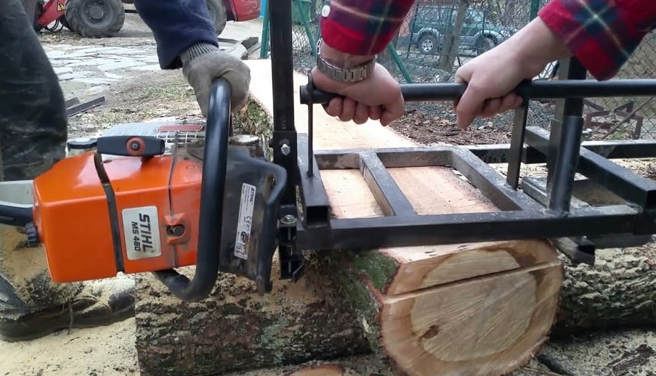 What Size Chainsaw for Milling