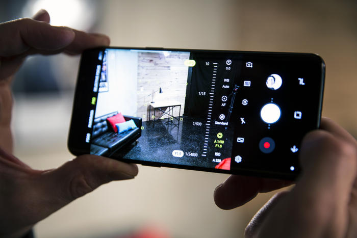 Download Samsung Galaxy S9 Camera Apk on any Android device