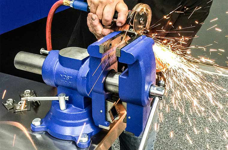 Rotating Power Tool Bench