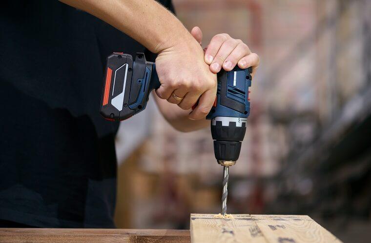 Oscillating Tool Cordless Vs Corded
