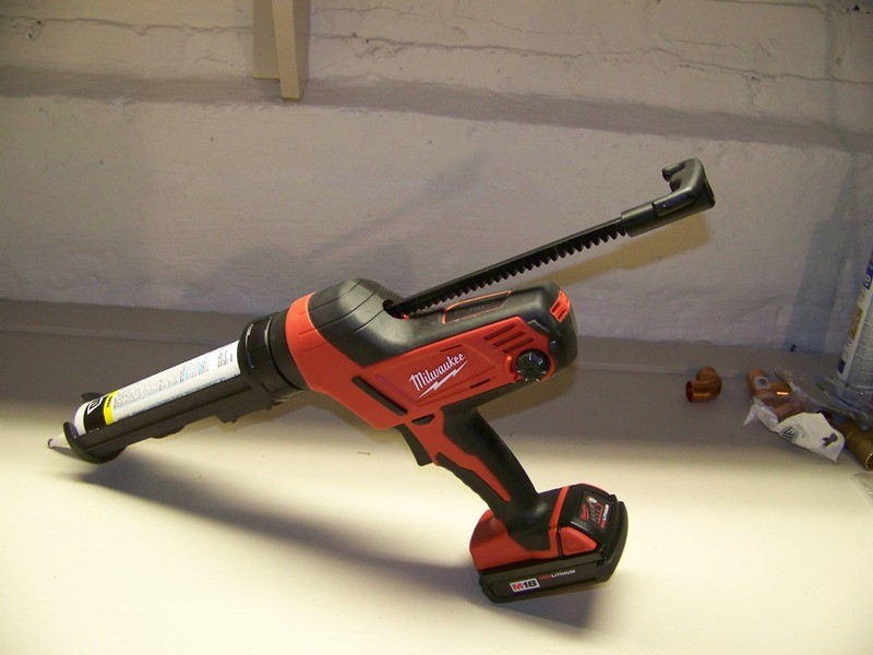 Milwaukee M18 Caulk and Adhesive Gun Review - Tools In Action - Power Tool Reviews