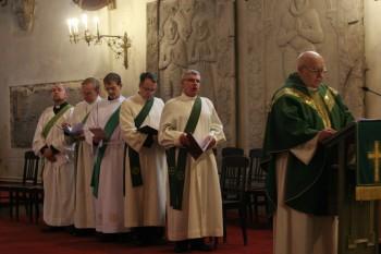 Teenistuse alguses veel diakonitena Foto: Ingrid Mäsak