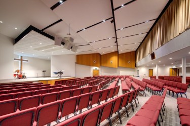 Auditorium - Comfortable seating for over 550 people.