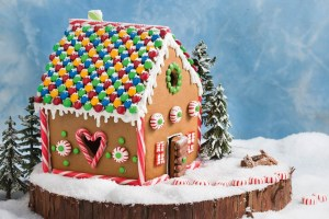 GINGER BREAD HOUSE & CARD MAKING NIGHT