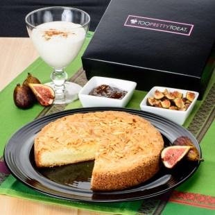 too-pretty-to-eat-almond-cake-6