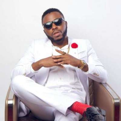 """Seyitan Is A Groupie, Her Pimp Is D'Banj's Ex- Manager, Frank"" - Samklef Reveals « tooXclusive"