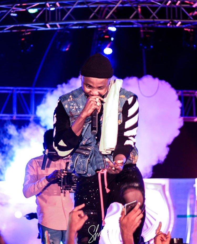 Kizz Daniel Set To Shut Down Lagos With First Ever Concert In Lagos In December « tooXclusive
