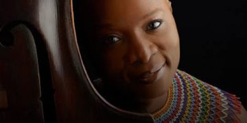 5 Things You Should Know About Grammy Award Winning Singer, Angelique Kidjo « tooXclusive