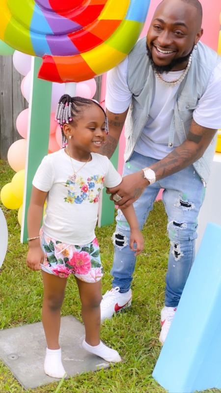 Davido Spanks Hailey For Twerking At Her 4th Birthday Party 1
