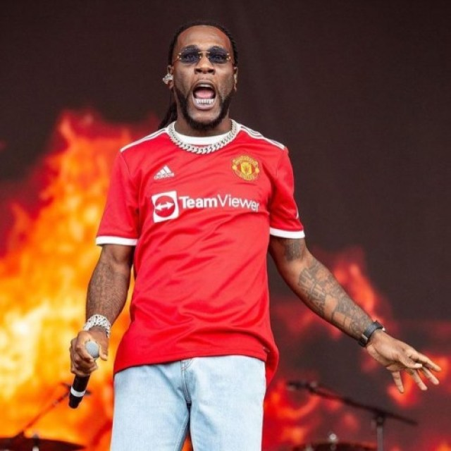 MusicXFootball: Burna Boy Pulled Up At Manchester To Support Pogba, Cristiano Ronaldo.. | Watch Videos 3