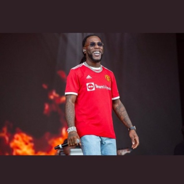 MusicXFootball: Burna Boy Pulled Up At Manchester To Support Pogba, Cristiano Ronaldo.. | Watch Videos 4