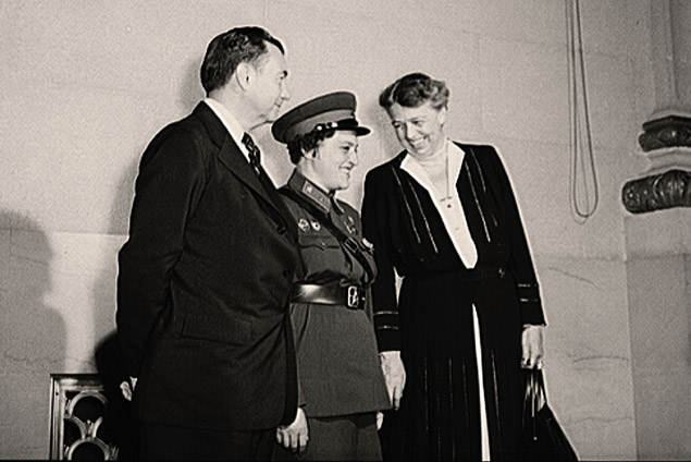 Людмила Павличенко и Элеонора Рузвельт. фото