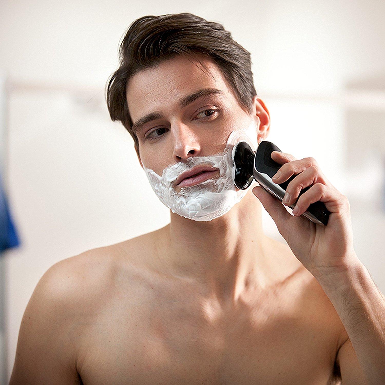 ExГ©cution de la technologie de coupe de cheveux de la mode masculine