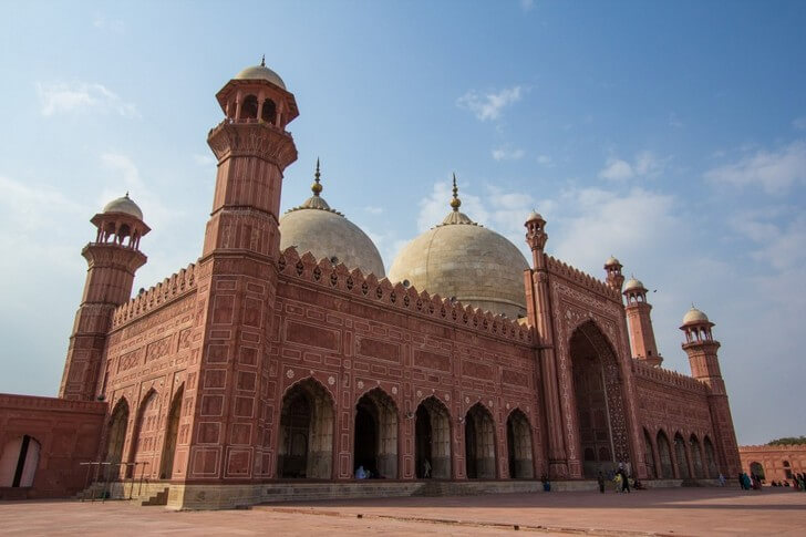 Мечеть Бадшахи.