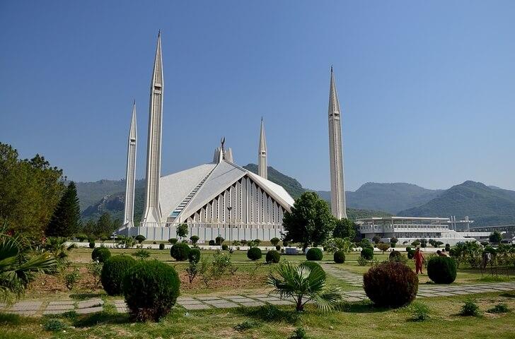 Мечеть Фейсала в Исламабаде.