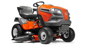 6 Best Riding Lawn Mowers and Wide Cut RWD in 2020