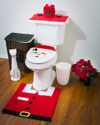 7 OliaDesign Christmas Decorations Happy Santa Toilet Seat Cover and Rug Set