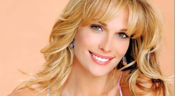 Molly Sims uma das mulheres mais bonitas
