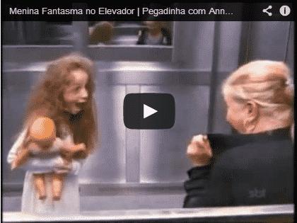 Pegadinha da menina fantasma no elevador