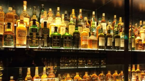 Um dos hobbies mais caros do mundo whiskys