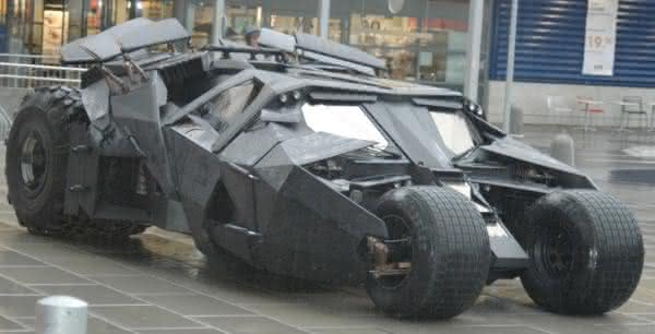 tumbler batman carros famosos do cinema