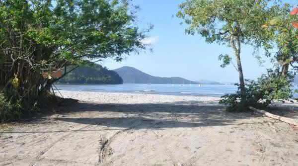 barra seca um das melhores praias naturismo do brasil