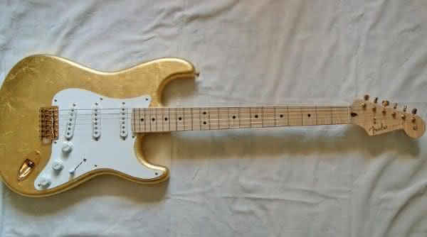 Eric Claptons 1996 Fender Stratocaster