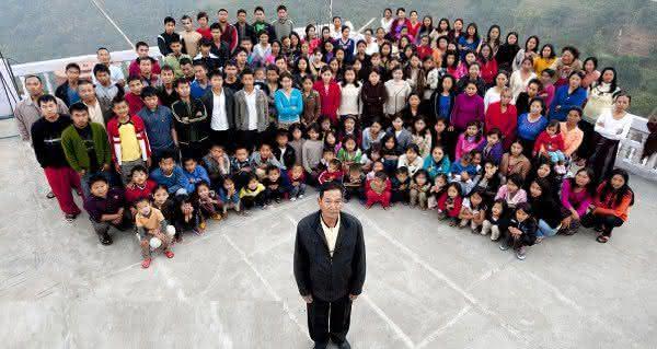Familia Ziona a maior familia do mundo