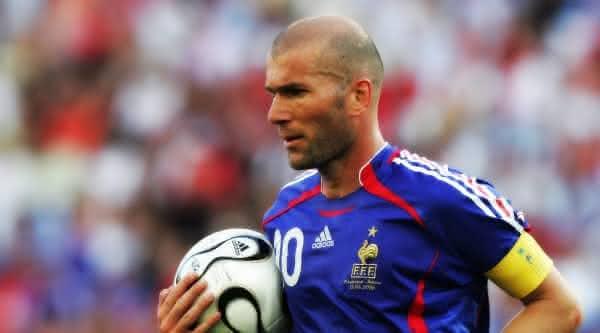 Zinedine Zidane entre os melhores jogadores de todas as copas