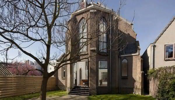 casa em antiga igreja 1