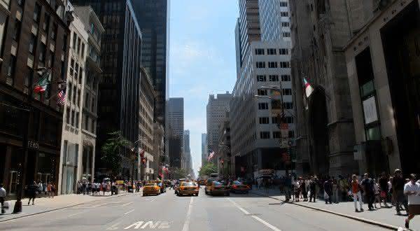 rua mais caras Fifth Avenue