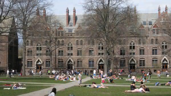 universidade de yale uma das melhores universidades do mundo