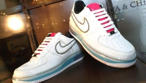 Diamond studded Air Force 1 sapatos mais caros do mundo