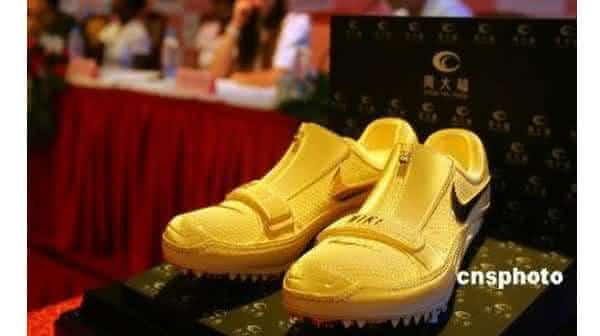 Gold Runners tenis masculino mais caros do mundo