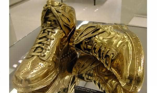 Nike gold high dunks tenis