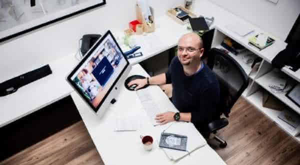 Collis Taeed entre os blogueiros mais ricos do mundo